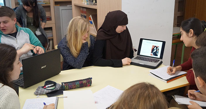 Samarbejde og fremlæggelser i skolen hos baskerne