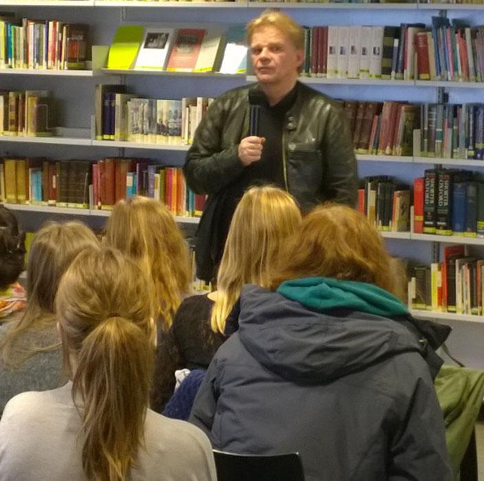 Einar Mar Gudmundsson på Noerre G